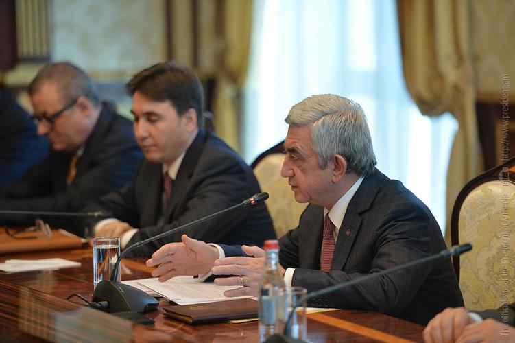 Серж Саргсян: Армения вступает в серьезный период, и желательно избрание президента в условиях широкого консенсуса