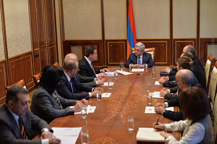 Глава ГКЗЭК Артак Шабоян отчитался о ходе выполнения поручений президента Армении по смягчению последствий инфляции