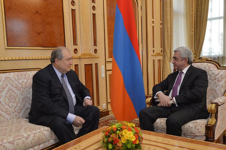 Посол Армении в Великобритании вернулся в Лондон: именно там он будет думать над предложением Сержа Саргсяна