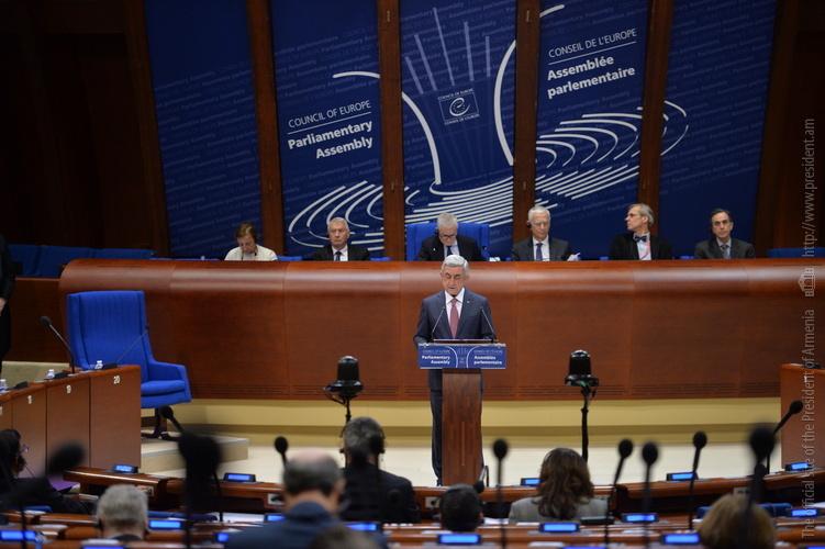 Серж Саргсян ответил на вопросы депутатов ПАСЕ: Парламентская модель позволит стимулировать развитие демократии