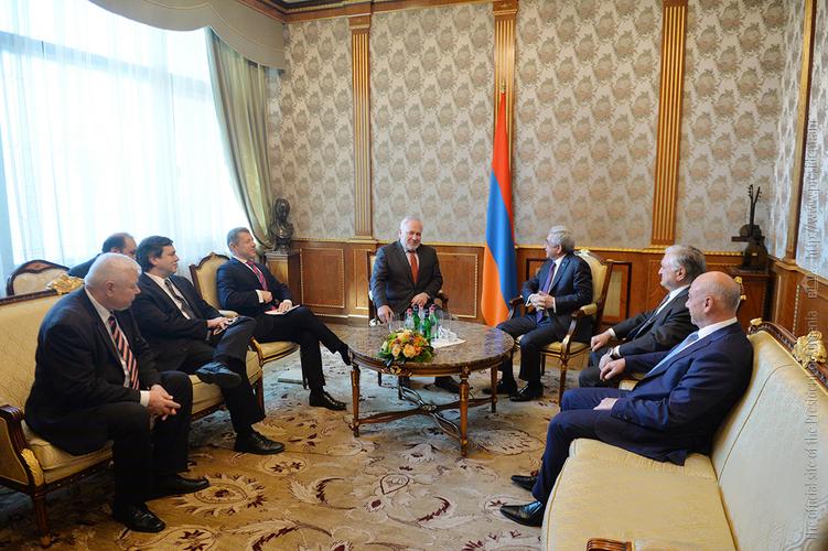 Сопредседатели МГ ОБСЕ представили Сержу Саргсяну результаты своих встреч в Баку