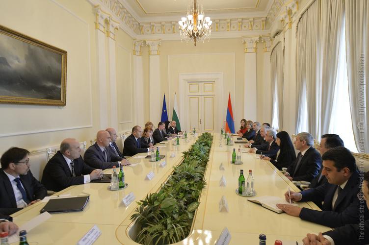 В рамках государственного визита президента Болгарии в Армению подписаны ряд документов