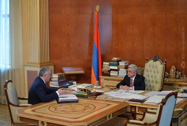 Арман Саакян представил президенту Армении результаты исполнения поручений в сфере управления госимуществом