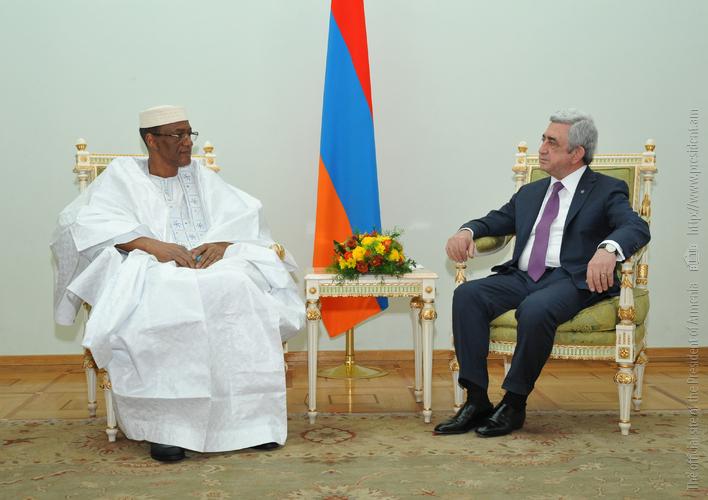Серж Саргсян принял посла Республики Мали в Армении