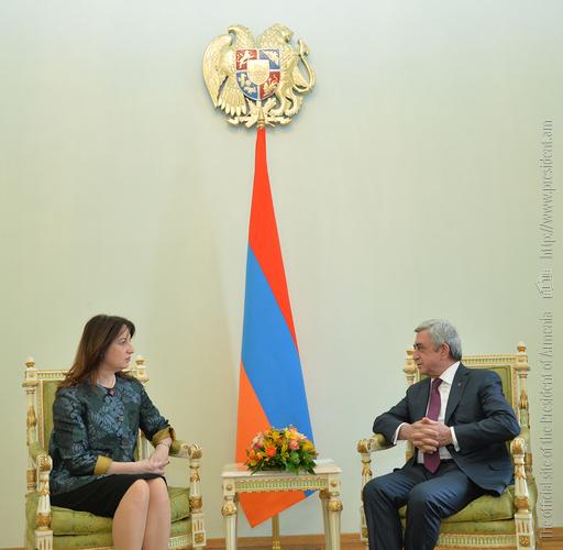 Серж Саргсян направил приглашение президенту Албании принять участие в Саммите Франкофонии в Ереване