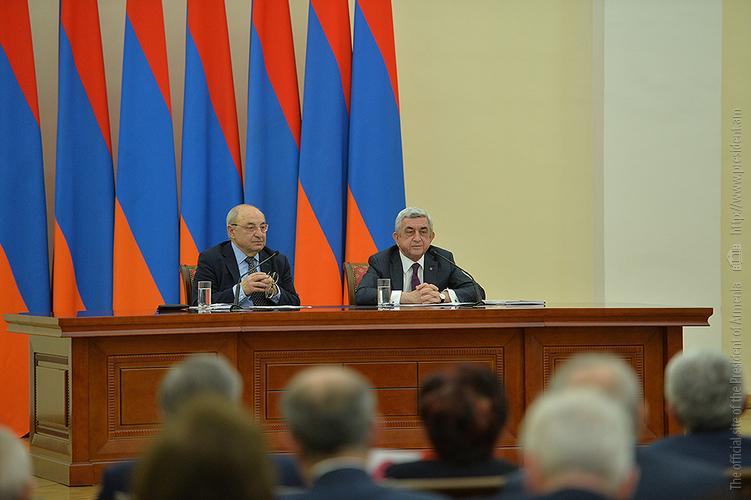 Серж Саргсян высоко оценил роль Общественного совета Армении