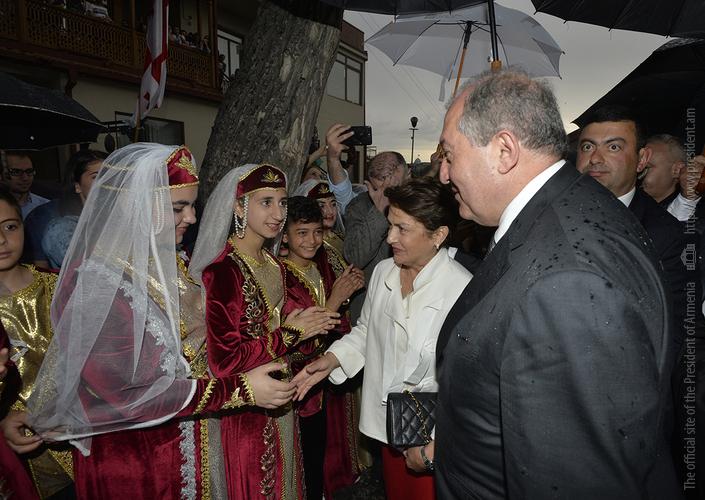 Президент Армении встретился с представителями армянской диаспоры Грузии