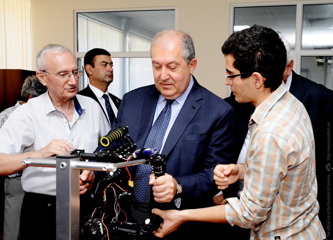 Армен Саркисян посетил Национальный политехнический университет Армении