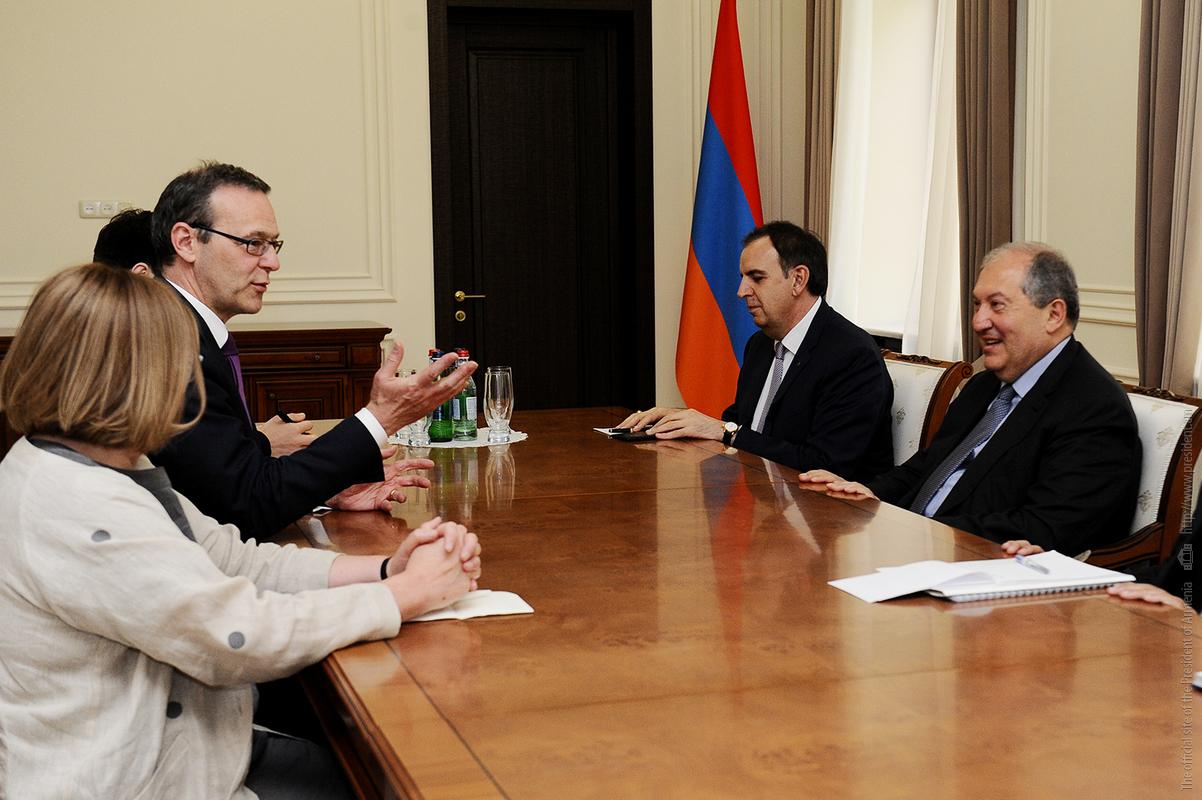Президент Армении: Взаимные визиты на высоком уровне способствуют расширению диалога с Британией