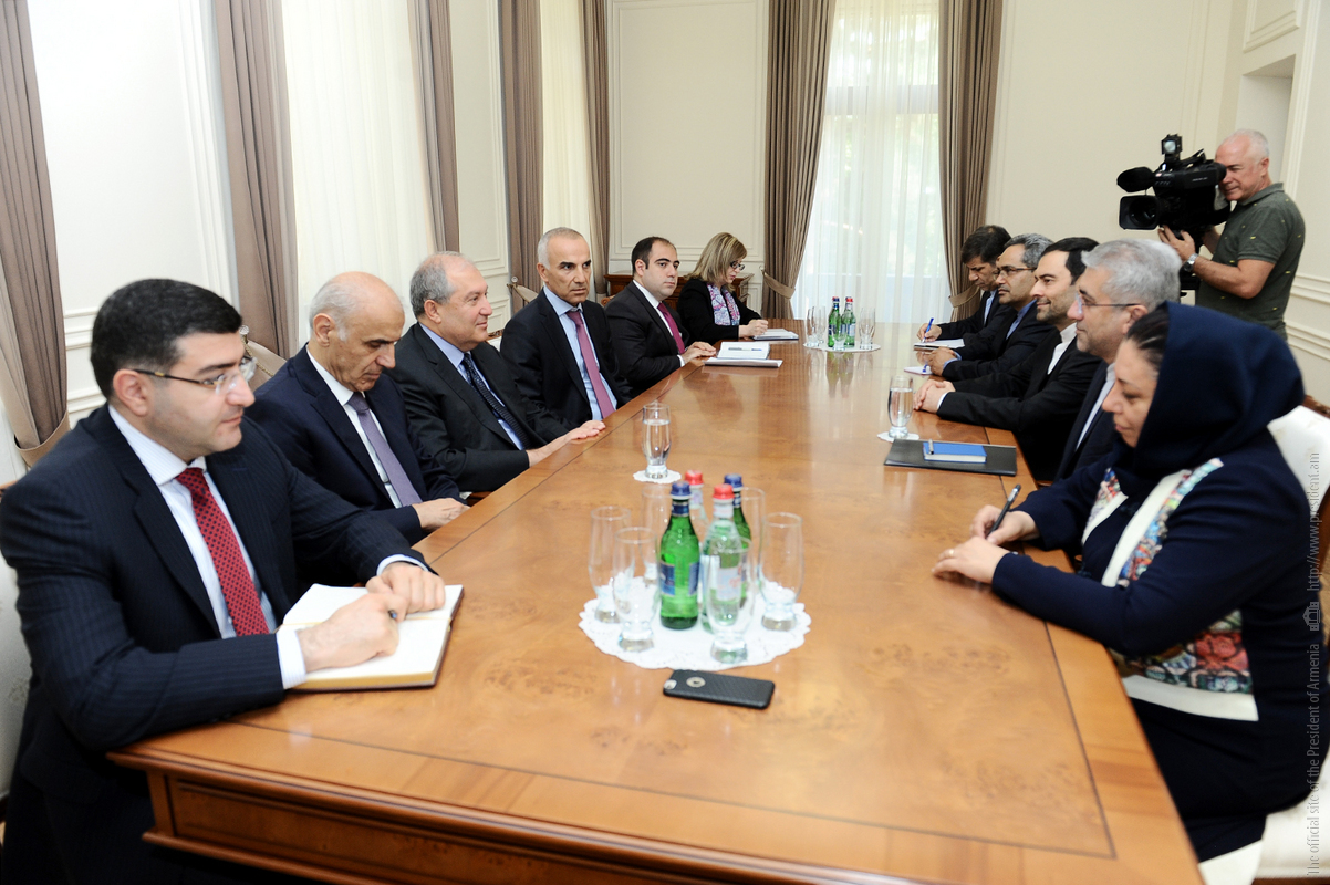 Президент Армении и министр энергетики Ирана обсудили вопросы сотрудничества