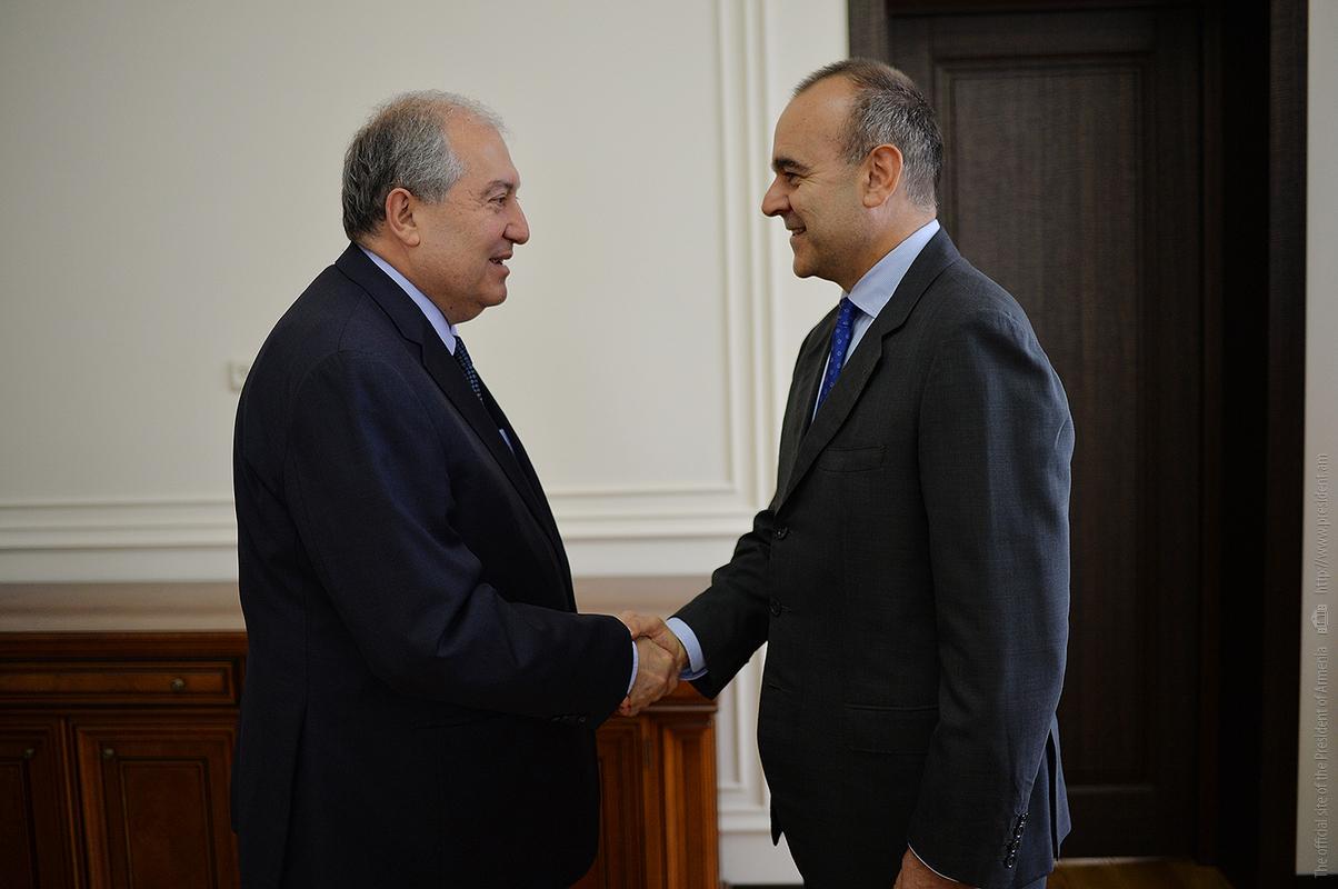 Президент Армении встретился с послом Италии