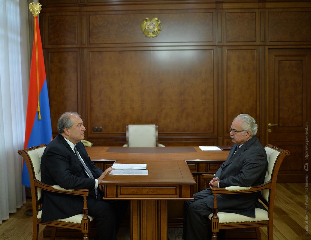 Армен Саркисян и Петрос Терзян выразили надежду на продолжение программ фонда «Айастан» в Армении и Арцахе