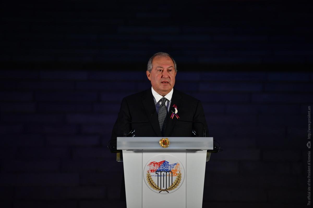 Президент Армен Саркисян: 100 лет назад первому Парламенту Армении выпала историческая роль