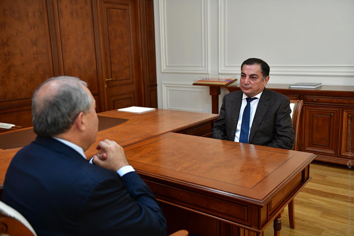 Армен Саркисян и Ваграм Багдасарян обсудили внутриполитическую ситуацию в Армении