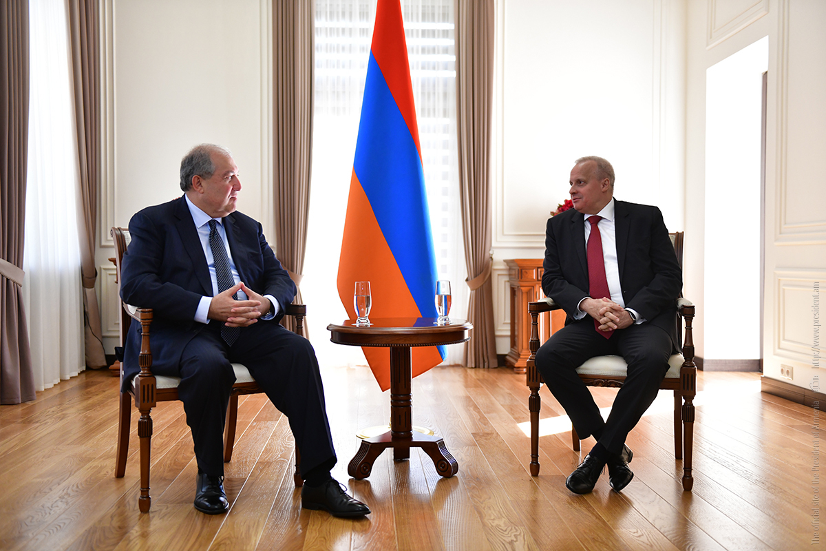Президент Армении и посол России подчеркнули важность углубления сотрудничества в гуманитарной сфере