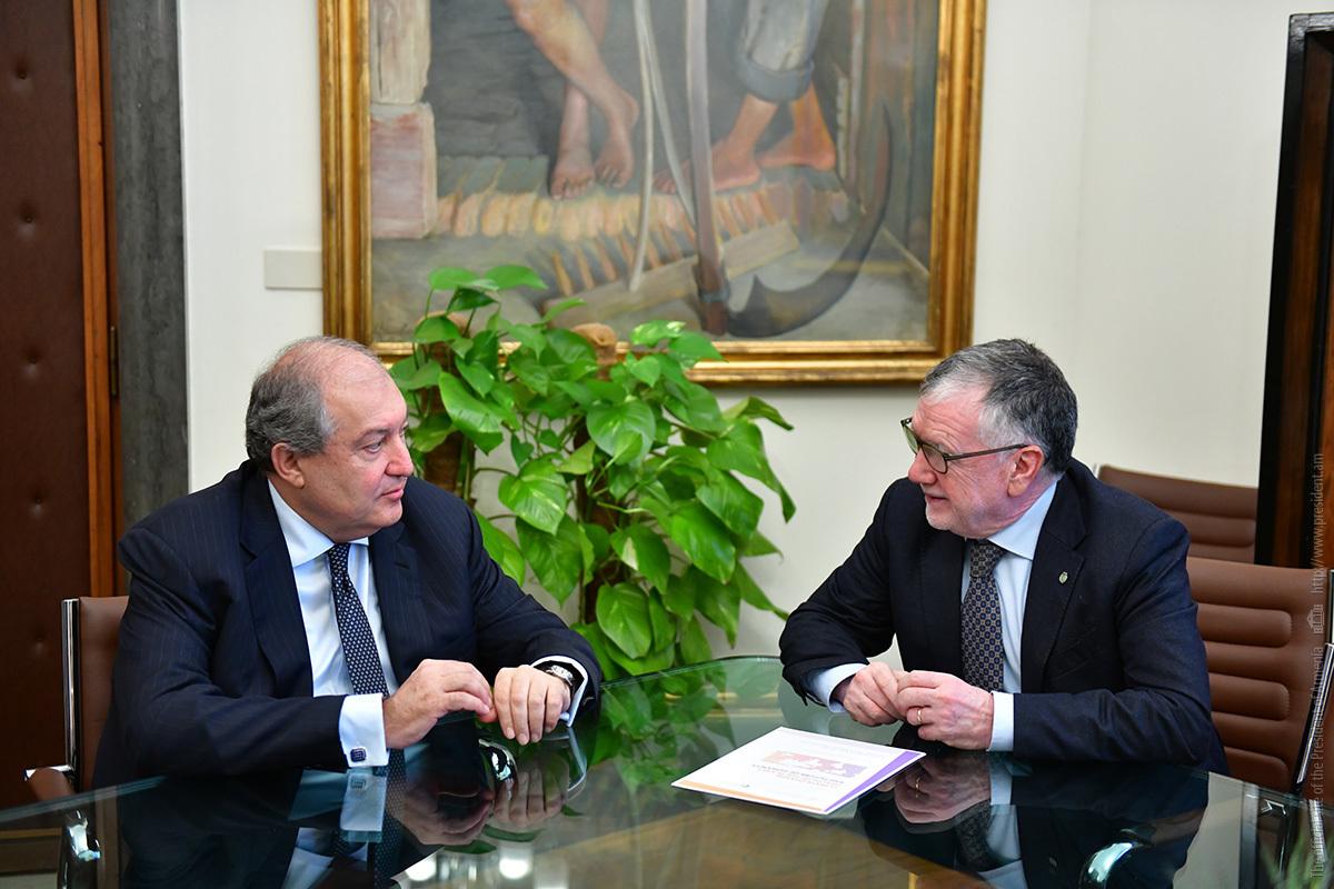 Массимо Ингушио заинтересован выдвинутой президентом Армении Арменом Саркисяном теорией о квантовой природе глобальных рисков