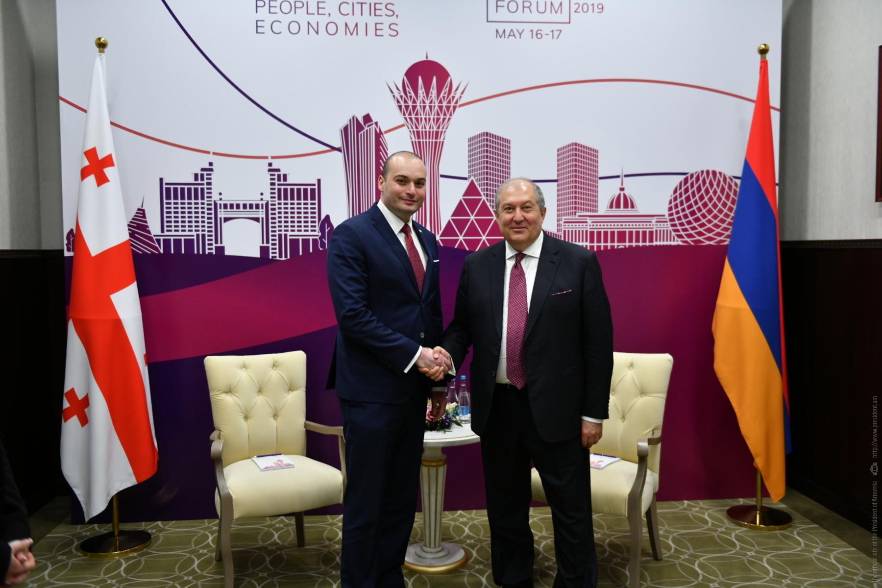 У армяно-грузинских отношений большой потенциал развития: президент Армении встретился с премьер-министром Грузии