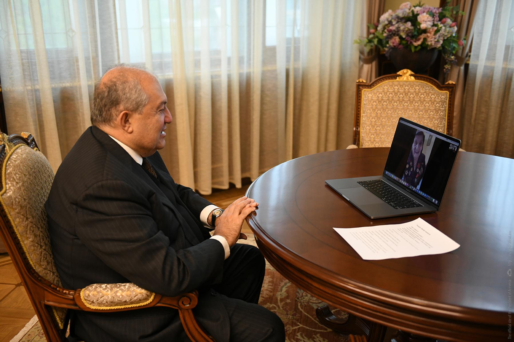 Важнейшим залогом Победы было единство – Президент Армен Саркисян побеседовал в дистанционном формате с ветераном Розалией Абгарян