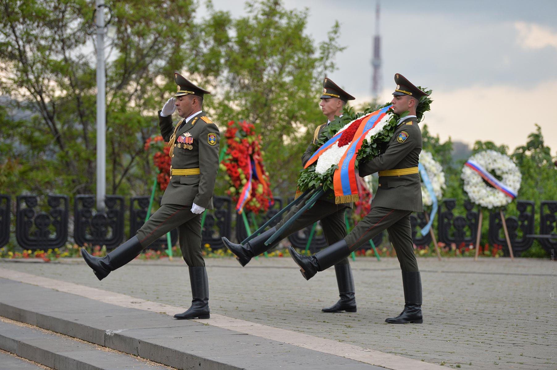 В Парке Победы в Ереване состоялось шествие