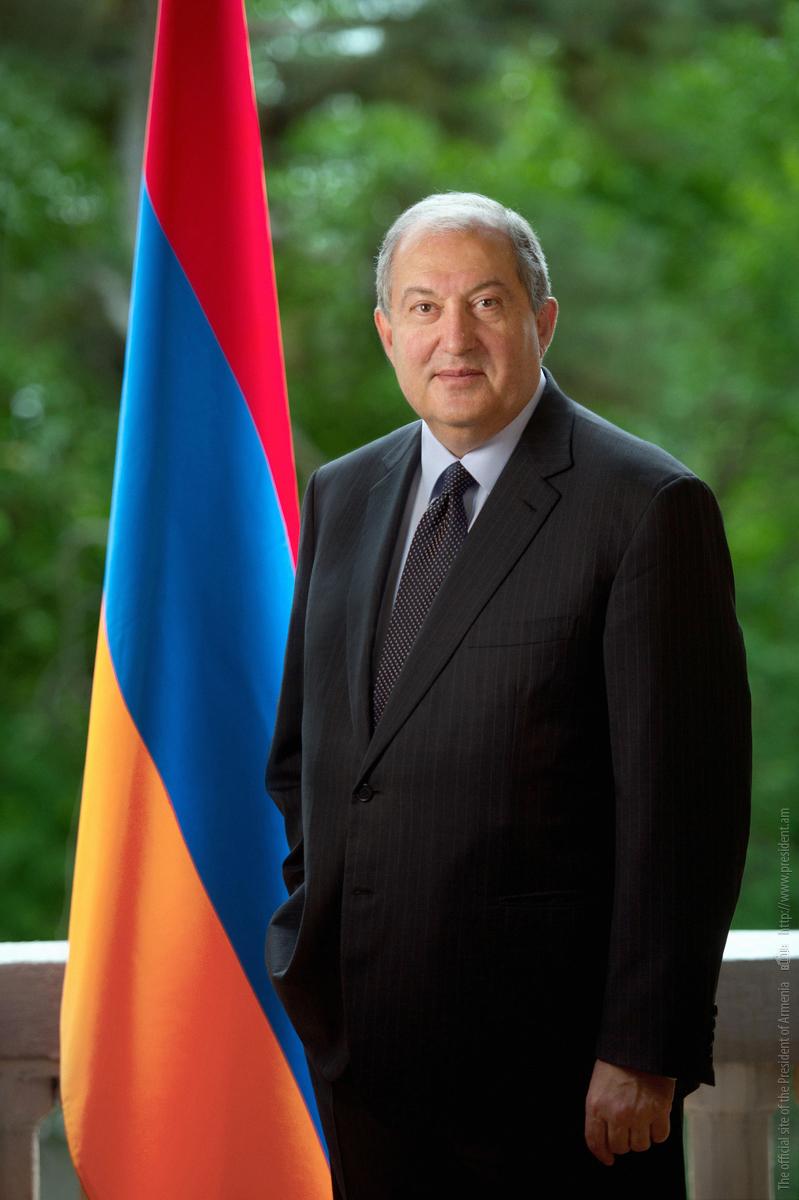 Послание Президента Армена Саркисяна по случаю Дня Конституции. Конституция - не только право и обязанность, но также культура мышления и деятельности, система ценностей, философия