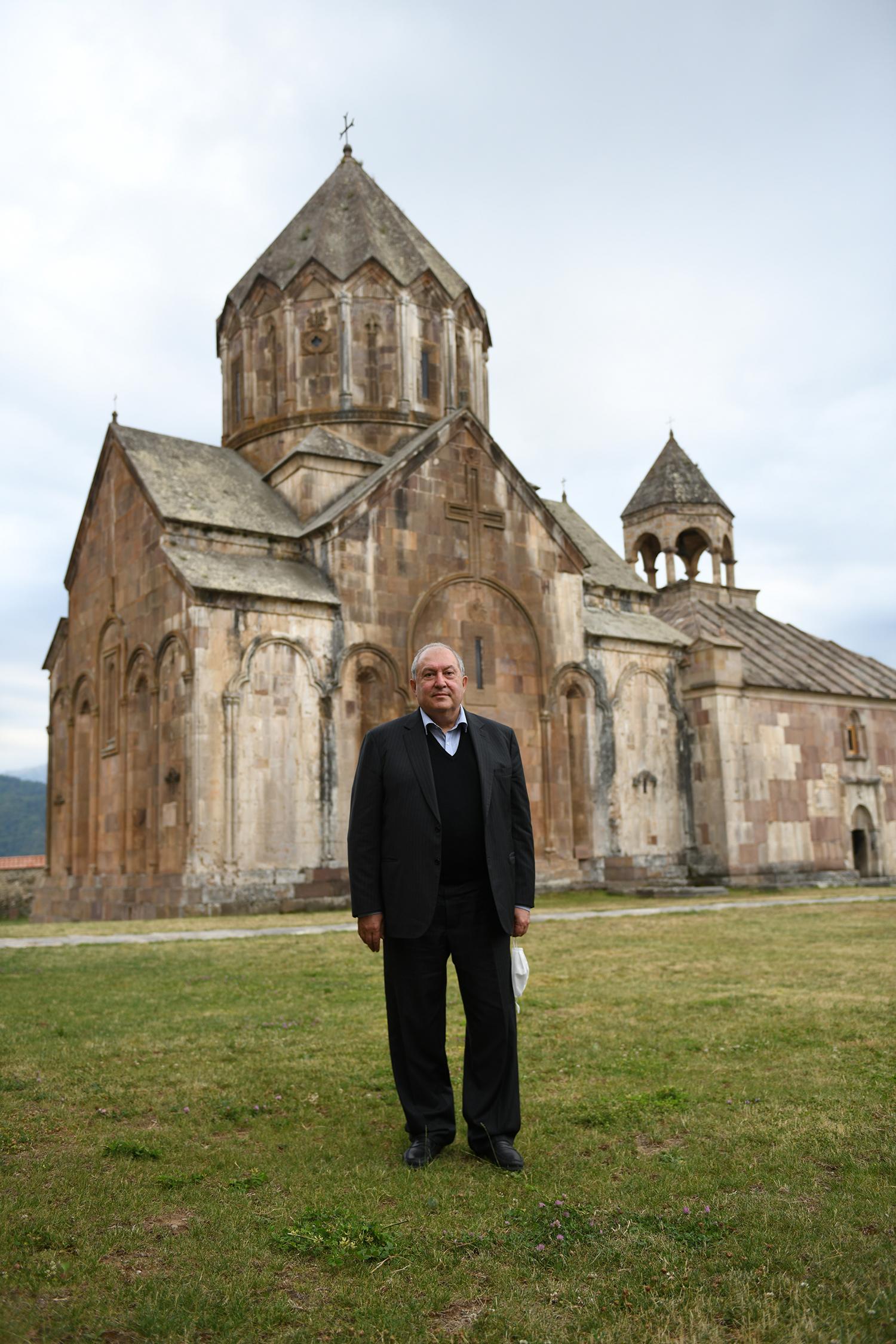 Армен Саркисян посетил монастырский комплекс Гандзасар