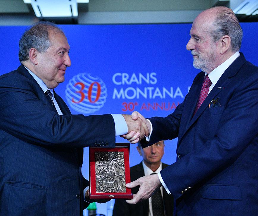Նախագահ Սարգսյանն արժանացել է «PRIX DE LA FONDATION 2019» մրցանակին